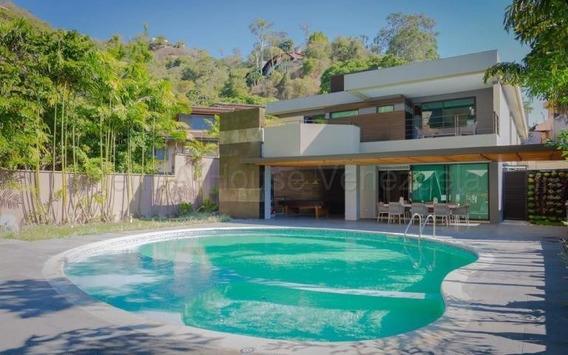 Bm 20-8910 Casa En Venta, Colinas De Tamanaco