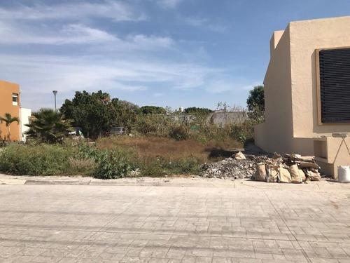 Terreno Urbano En José G Parres / Jiutepec - Est-1691-tu