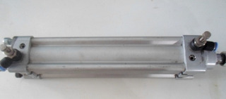 Piston Pneumatico Semi-novo Usado Apenas 1 Teste 1 Vez