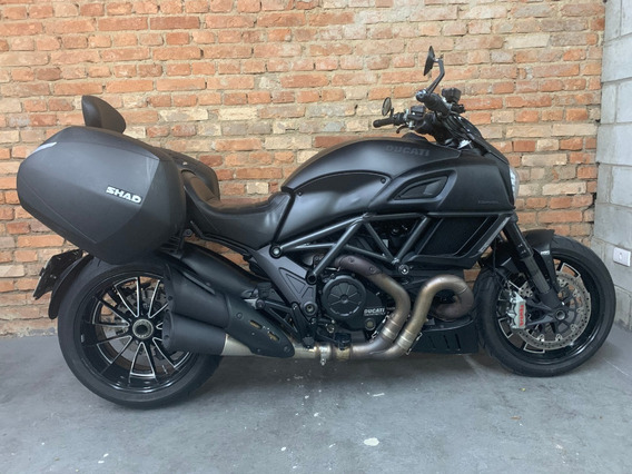 Ducati Diavel Dark 2015/2016