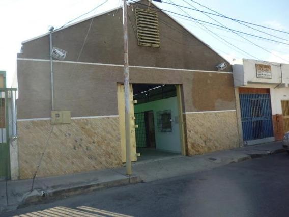 Galpon En Venta Centro Barquisimeto Lara 20-6244
