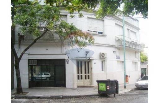Venta Local Con Sótano Y Depósito, Total 131 M2, Parque Patricios Oportunidad
