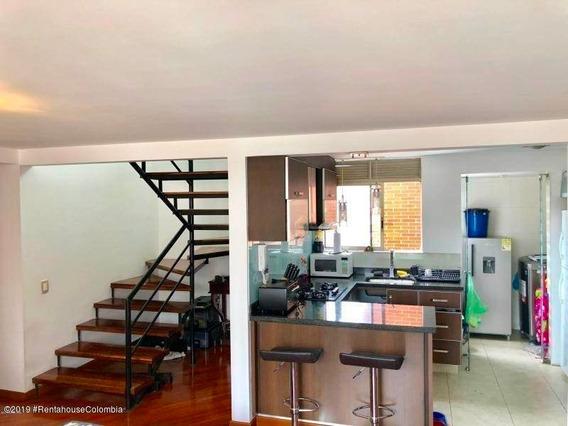 Apartamento En Venta En Mazuren 20-510