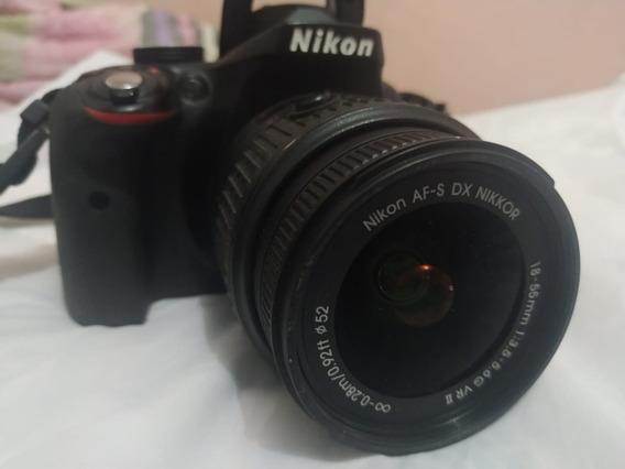 Câmera Nikon D3300 + Lente 18-55mm + 2 Bat. _à Vista 1500,00
