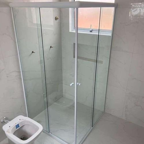Imagem 1 de 4 de Box De Banheiro