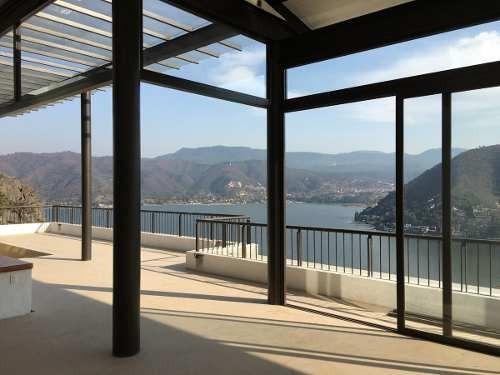 Casa Con Vista Franca Al Lago En La Peña