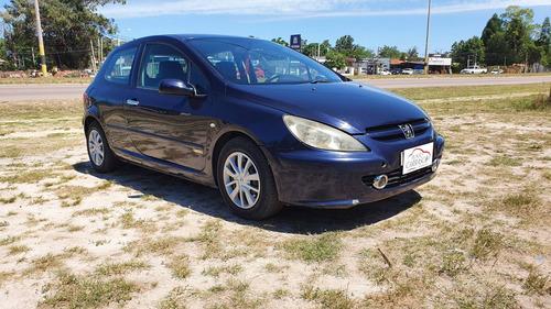 Peugeot 307 Xr Full - Financio / Permuto