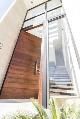 Venta Casa Nueva En Fraccionamiento, Acabados De Primera