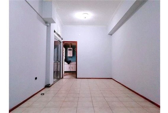 Departamento En Venta - Cochera Y Patio Exclusivo