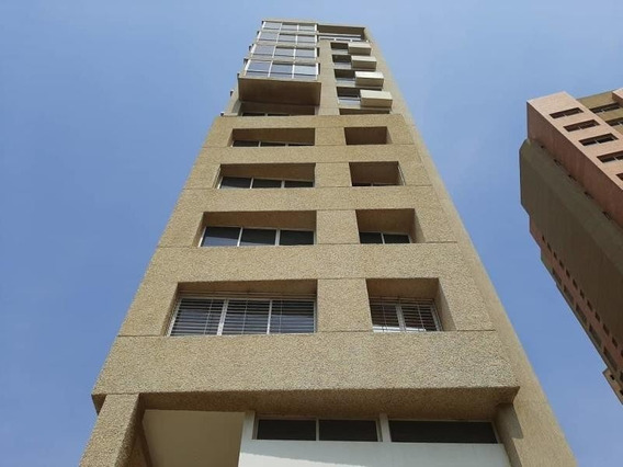 Apartamento En Alquiler El Milagro Mls #20-13384 Isabel B.