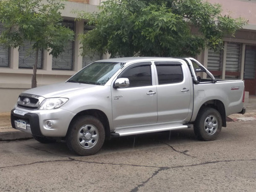 Toyota Hilux (única)