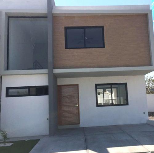 Bonita Casa En Privada Nueva,villas Del Roble Corregidora