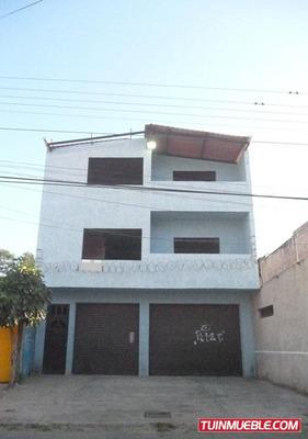 Edificio Centro De Cagua. Bajo De Precio!!