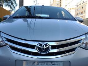 Toyota Etios Sedán Platinum 1.5 16v