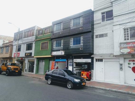 Oportunidad Casa Comercial Barrio Restrepo 3locales 1apto