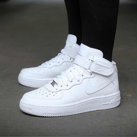 Zapatilla Nike Air Force 1 Mid Blancas