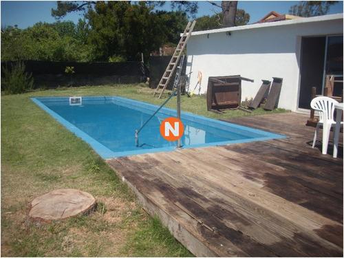 Casa En Venta Y Alquiler, Rincón Del Indio, Punta Del Este, 4 Dormitorios.- Ref: 205253