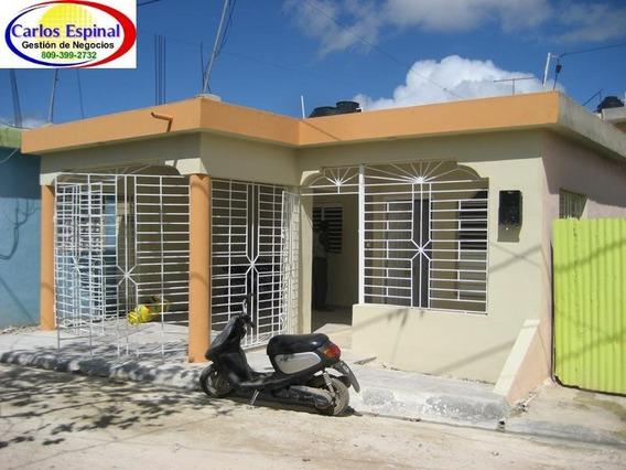 Casa De Venta En Higüey, República Dominicana