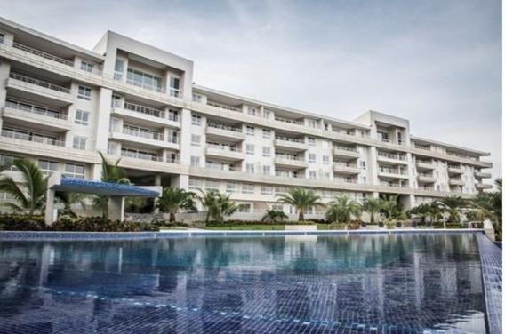 Club De Playa - Apartamento / Se Vende / Lecheria