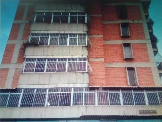 Apartamento En Venta Oeste Barqto 20-1446 Jg