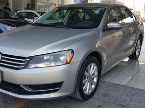 Volkswagen Passat 2.5 Confortline R 17 At