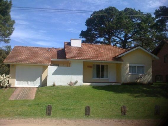 Casa Pinamar 3 Amb, 4 Cuadras Del Mar Exc.vista! 1ra. Marzo