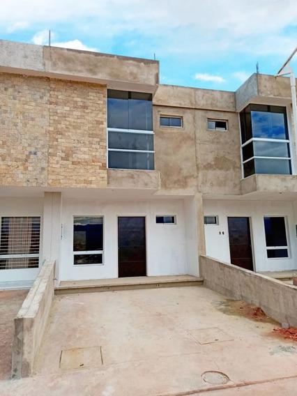 De Oportunidad Vendo Hermosa Casa En Urb Cantarana