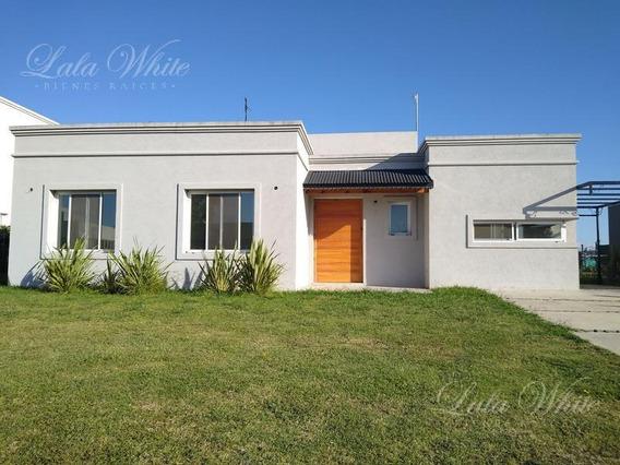 Alquiler - Casa En Santa Juana - Canning
