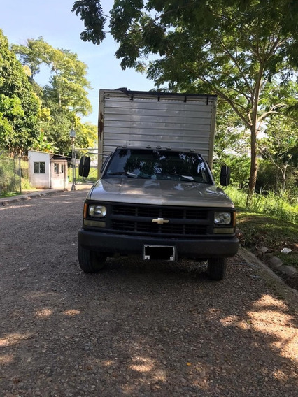 Camion Chevrolet Cheyenne Modelo 1995