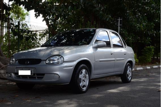 Corsa Milenium 2001 1.0 Gasolina