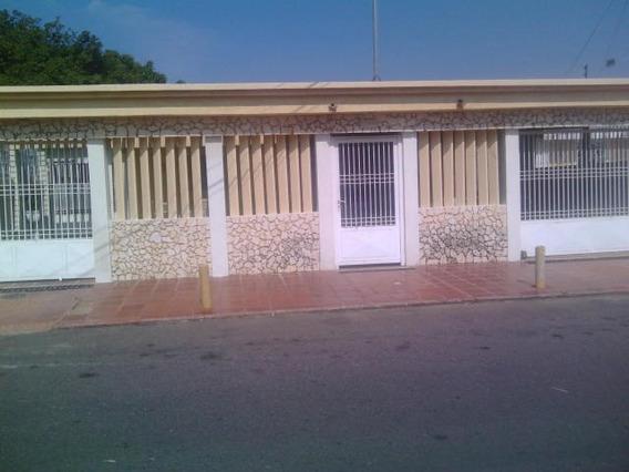 Casa En Venta Codigo 19-2017 Nelly Saavedra