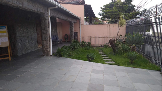 Casa Para Investidores (com Renda Atual De R$ 3.000,00 Mês)