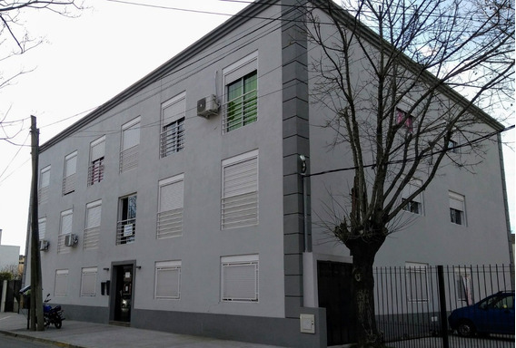 Alquiler Monoambiente En San Lorenzo 705 - Pilar Centro