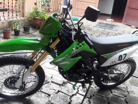 Moto Serpento Defender 150cc Semi-nueva