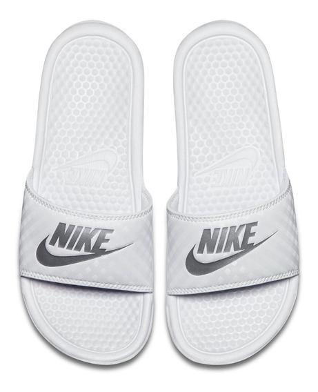 Nike Benassi Jdi Mujer - Blanco Y Plata Metalico