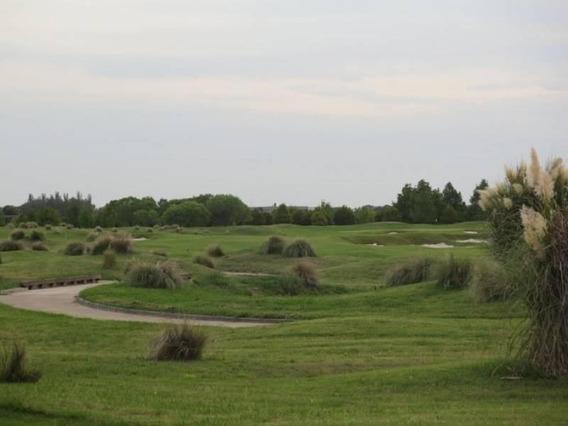Excelente Lote Con Vista Al Golf Y A Laguna