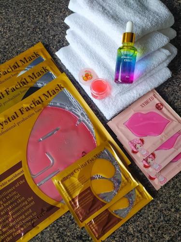 Imagen 1 de 1 de Kit De Cuidado Facial Skin Care Con 4 Toallas De Algodón