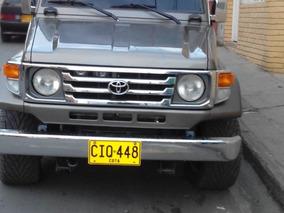 Toyota Land Cruiser Modelo 98 En Perfecto Estado
