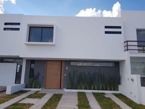 Casa En Privada En Corregidora Queretaro