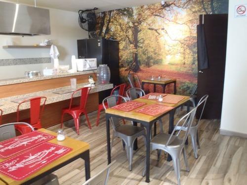 Se Vende Local Comercial, Con Traspaso De Restaurante