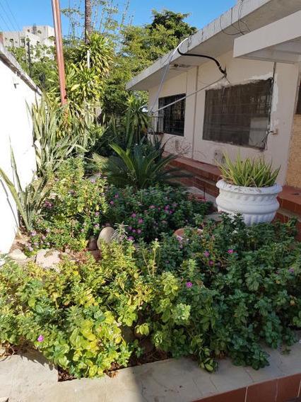 Mls #19-12329 Gaby Alquila Casa En La Lago, Calle Tapón