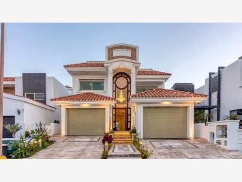 Casa Sola En Venta Residencial Exclusivo Con Vista Al Campo De Golf El Cid