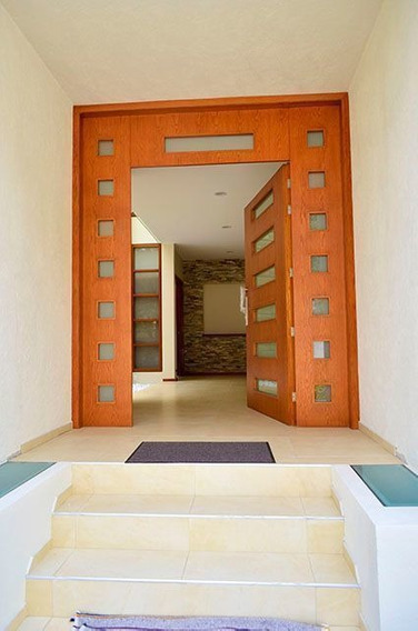 Ev1347.-1- En Venta Excelente Residencia. Sayavedra.