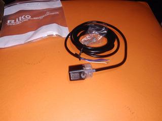 Sensor Inductivo Alcance 4mm 18x18mm Con Corredera