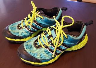 Zapatillas adidas Trekking - Talle 6 Us