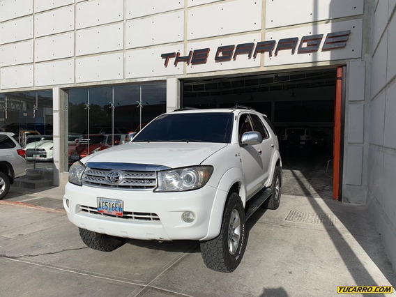 Toyota Fortuner Blindada