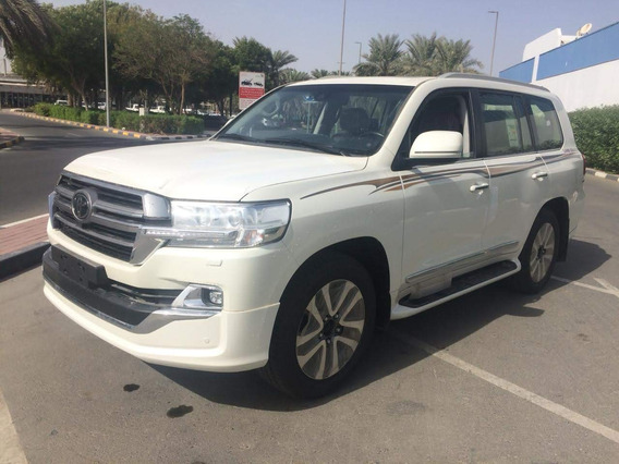 Toyota Lc200 Sahara 5.7 Gasolina White Edition Modelo 2019