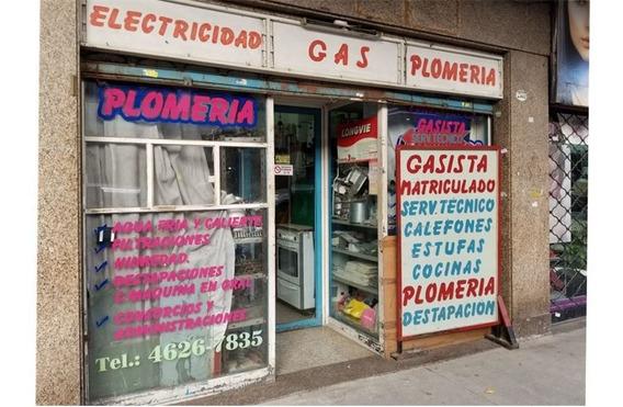 Local Comercial A La Calle Yerbal Flores