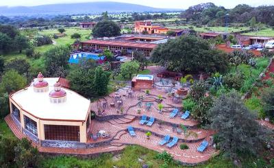 Resort / Casa De Campo Para Negocio O Retiro Familiar