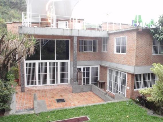 Casa En Venta Colinas De Tamanaco / Código 19-16729